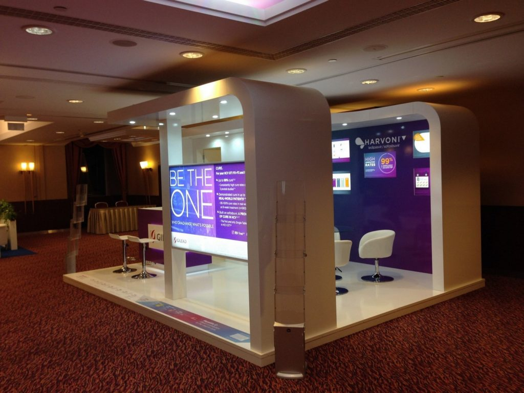 gilead-budapest-hilton-konferencia02