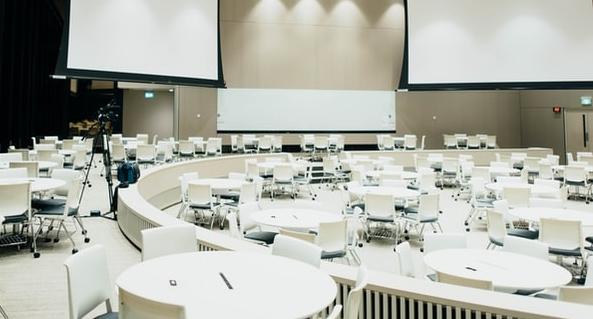 A Hungexpo konferenciáknak is helyet ad